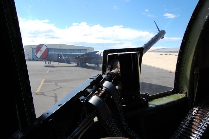 Side gun - B-17 Flying Fortress